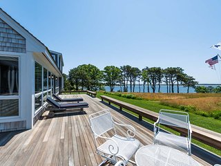 AKINC - Exquisite   Waterfront Home on Sengekontacket,  Sweeping  Waterviews, Oak Bluffs