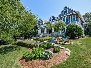 14 Grayton Avenue, Hyannis Port