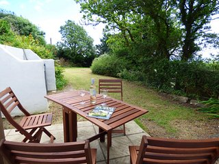 Middle Hill Cottage, Amroth