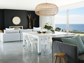 AVALON LIGHTHOUSE BY CONTEMPORARY HOTELS - Avalon Beach, NSW