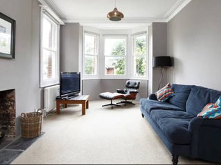 3 Bedroom Apartment near Hove Beach