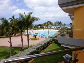 Elegant View Two-bedroom condo - E224-2, Palm - Eagle Beach