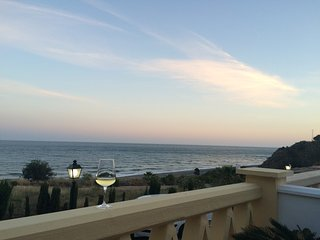 Wine, terrace, sea view, happy days ;-)