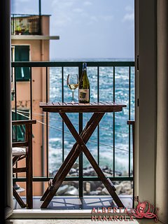 ALBERTA MANAROLA house, view from the balcony