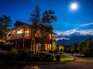 Unforgettable Views and A Theater, Gatlinburg