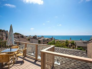 LET THE SEA SET YOU FREE - 2BR/2.5BA Oceanview Condo Seascape Sur Complex #35