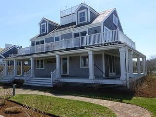 60 Walsh Street - Full Berth, Nantucket