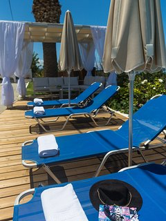 Sun beds & Umbrellas