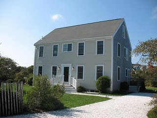 4 Flintlock Road, Nantucket