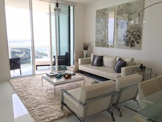 The Julliete - 3 Bedrooms + 3 Bathrooms, North Miami Beach