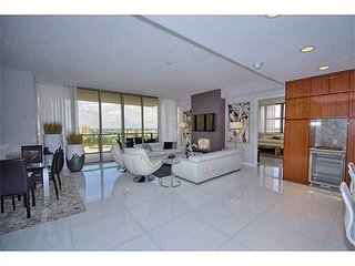The Guardian - Luxury 2 Bedrooms + 2.5 Bathrooms, Bal Harbour