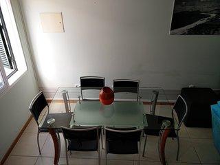 Casa Geminada Tipo T2 no Centro da Vila c/ Ar Cond, Porto Santo Island