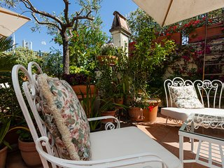 TREASUREROME Coliseum Terrace 2BR 2BA, Roma
