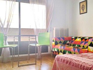 Salamanca Nice Budget Monthly Rental Studio-Apart