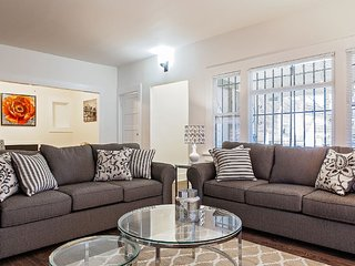 STUNNING 4 BEDROOM HOME IN WEST HOLLYWOOD, West Hollywood