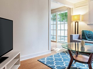 STUNNING 1 BEDROOM HOME IN WEST HOLLYWOOD, West Hollywood