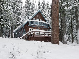 Pineland - 3BR Tahoe City Classic Cabin - Dogs OK - Available for MLK!!