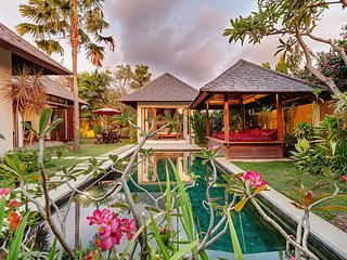 Seminyak Luxury Villa (3)
