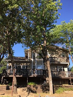 Lake Bridgeport Waterfront Retreat!, Chico