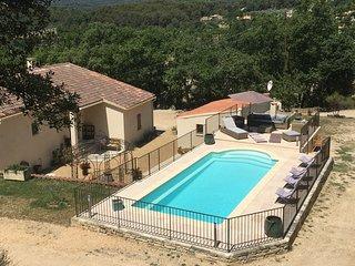 Villa Avec piscine chauffée 8 personnes, Joucas