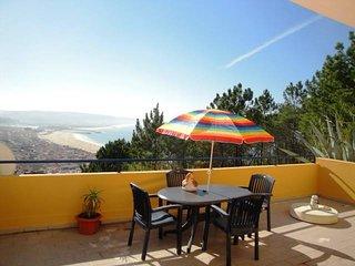Apartamento com vista panorâmica sobre o mar, Nazare