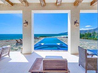 Malibu Modern Palatial Tuscan Luxury Villa with Infinity Pool
