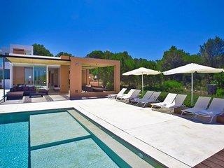 Villa Es Calo Ibiza Ocean View Luxury Estate with Pool, Sant Josep de Sa Talaia