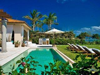 Luxury Golf and Ocean View Villa in Punta Mita Resort