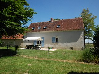 La Maison de Maitre, gîte with private heated pool, Chatillon-sur-Indre