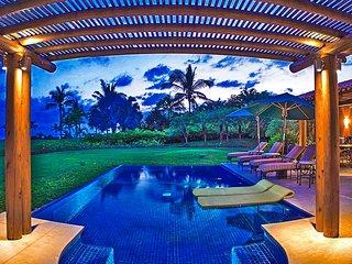 Villa Luna Luxury Beachfront Property in Lagos del Mar