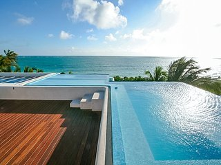 Palatial Beachfront Estate with Pool In The Riviera Maya, Tulum