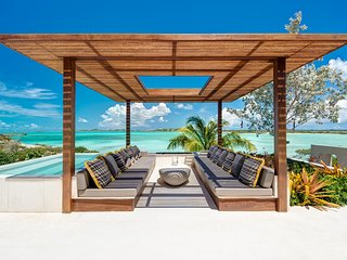 Turtle Tail Estate Turks and Caicos, Providenciales