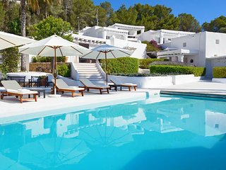 Ibiza Resort Style Private Luxury Retreat Villa in San Jose, Es Cubells