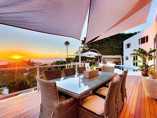 Beverly Hills Designer Chic Luxury Villa with Panoramic Views