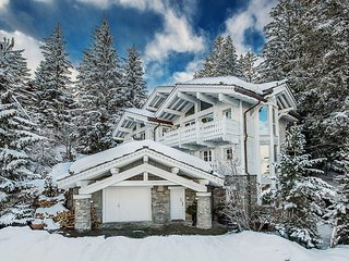 Chalet White Dream Luxury Rental in Courchevel 1850, Saint-Bon-Tarentaise