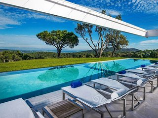 Saint Tropez Sprawling Ocean View Estate with Pool, Ramatuelle