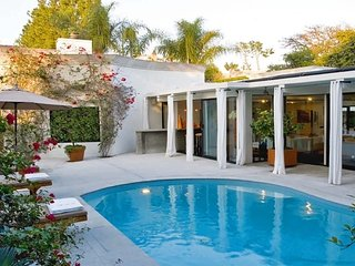 Beverly Hills Ultra Luxury Secluded Designer Retreat Villa with Pool