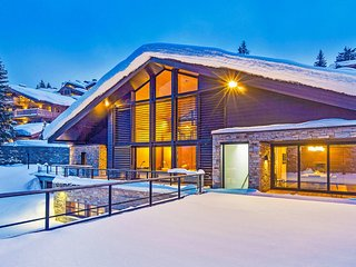Chalet Greystone Courchevel Luxury Ski Villa, Saint-Bon-Tarentaise