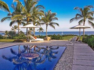 Zen Luxury Golf Villa with Pool in Lagos del Mar