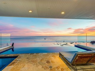 Malibu Endless Views Ocean Front Estate with Infinity Pool