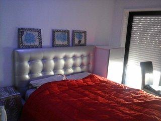 Apartamento com ar condicionado junto à praia, 50m, Espinho