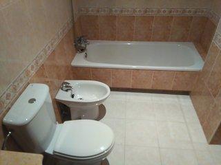 Bonito baño en la habitación