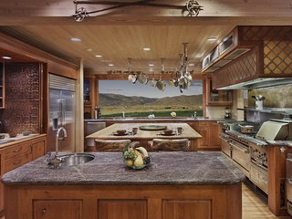 Iron Horse Ranch - Luxury Rural Retreat