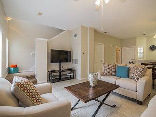 Newly Renovated 3 Bed 2 Bath Town Home, Kissimmee