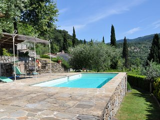 Villa Rosa:Private, Serene, NearCortona,WiFi, Pool