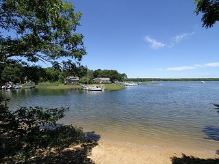 Monomoscoy Island With Beach Rights, Water Views - Steps to Little River, Mashpee
