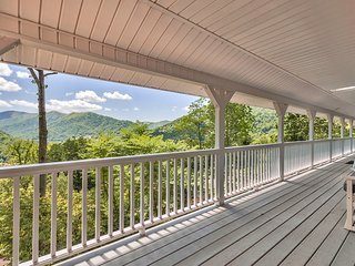 SPECIAL RATES! SPACIOUS FAMILY HOME & AWESOME VIEWS ONLY $149/NIGHT, Maggie Valley