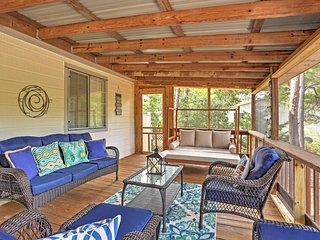 Inlet Beach Cottage Near Beaches & Restaurants!
