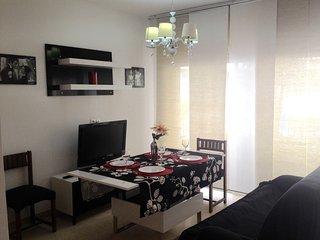 Apartamento reformado a cinco minutos de la playa., Granada