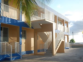 Via Marina Beach Apartments Beachfront 101, Aguadilla